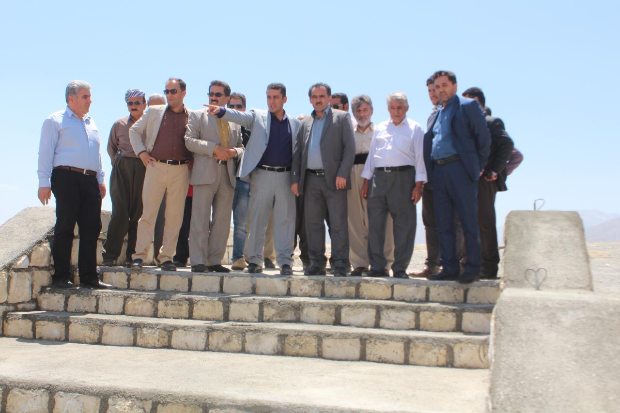 بازدید دکتر رسول خضری ، اعضای شورای اسلامی شهر و شهردار پیرانشهر از پروژه های عمرانی شهرداری پیرانشهر